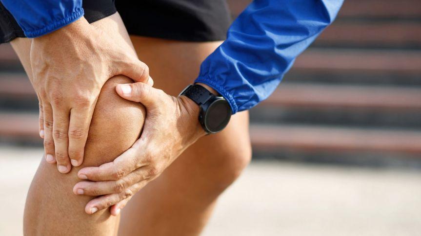 Tekaško koleno ali iliotibialni sindrom – kajstoriti?